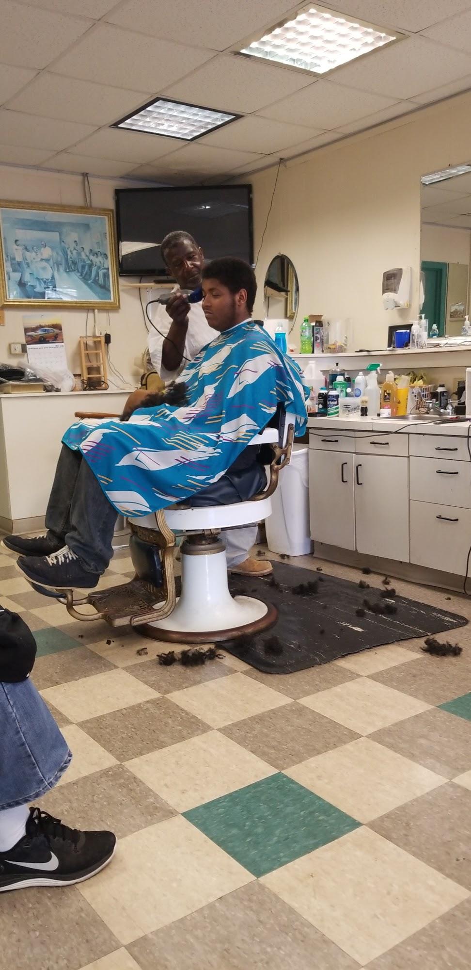 Shorty's Barber Service 104-106 S Main St, Woodruff
