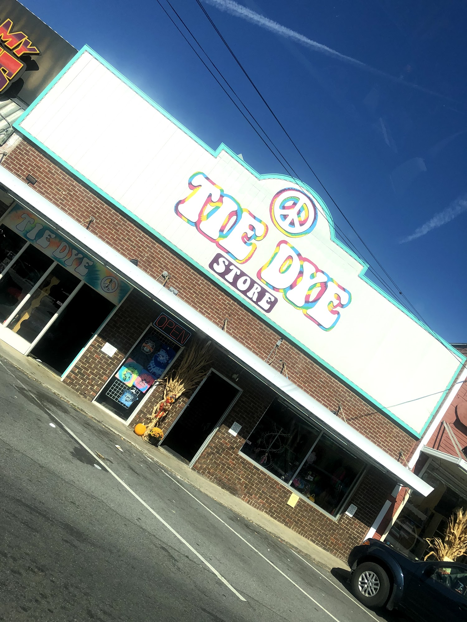 Tie Dye Store 113 Old Mill Ave, Pigeon Forge