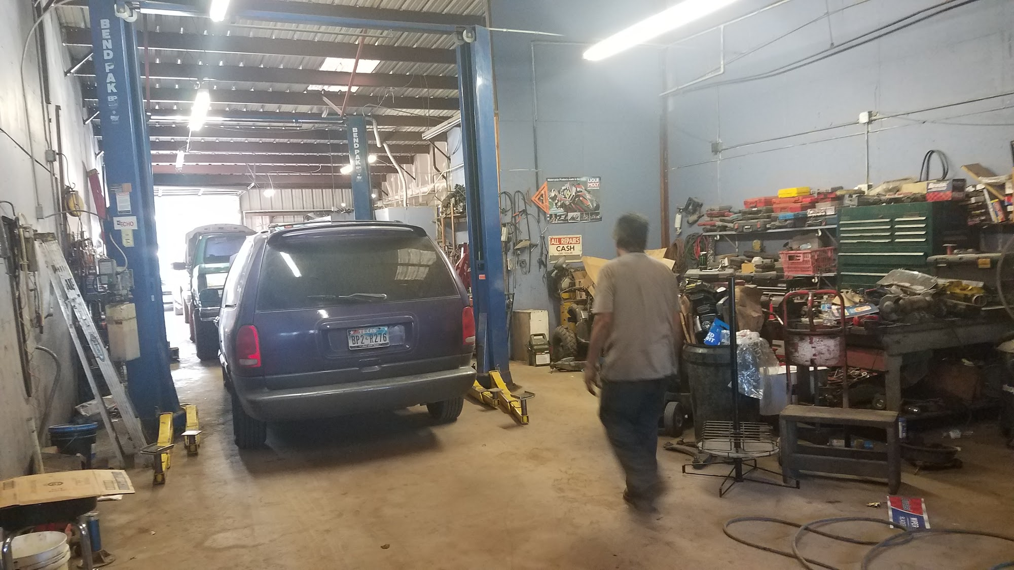 Pancho's Mechanic Shop 6300 W Little York Rd #123, Houston